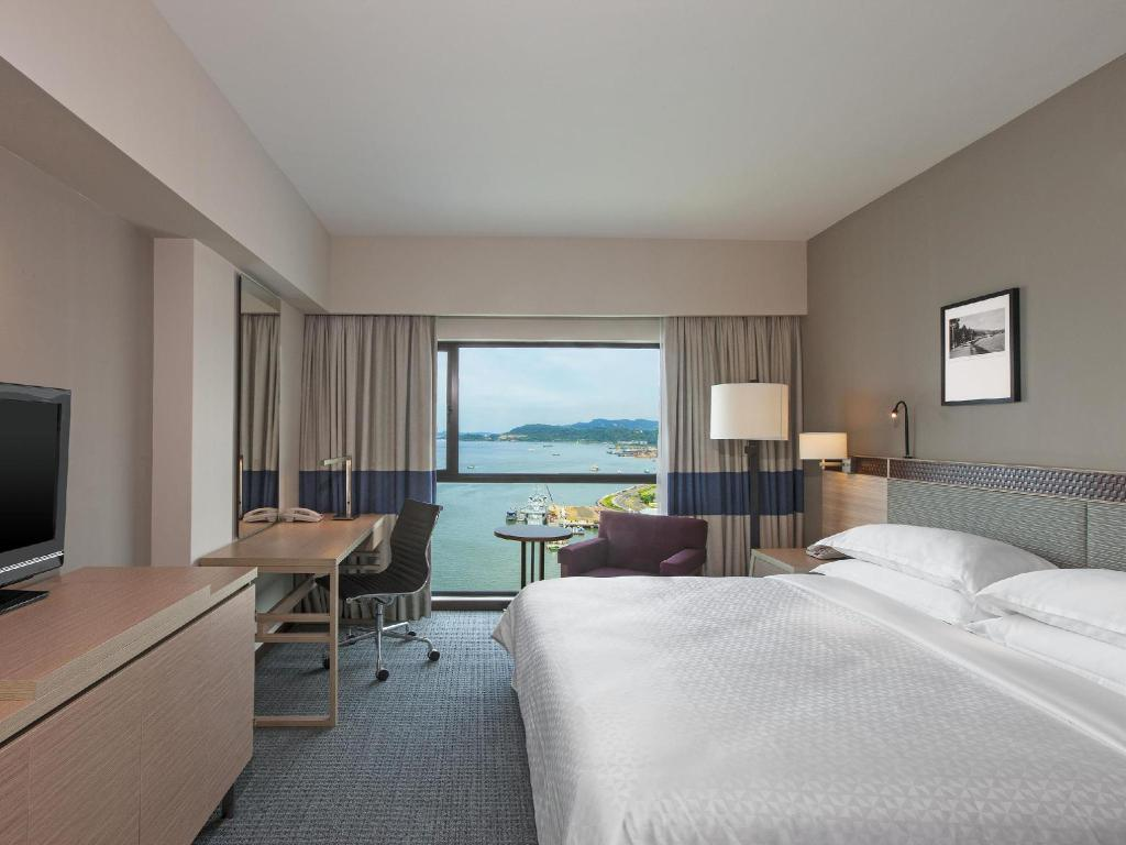 Deluxe Four Points By Sheraton Sandakan