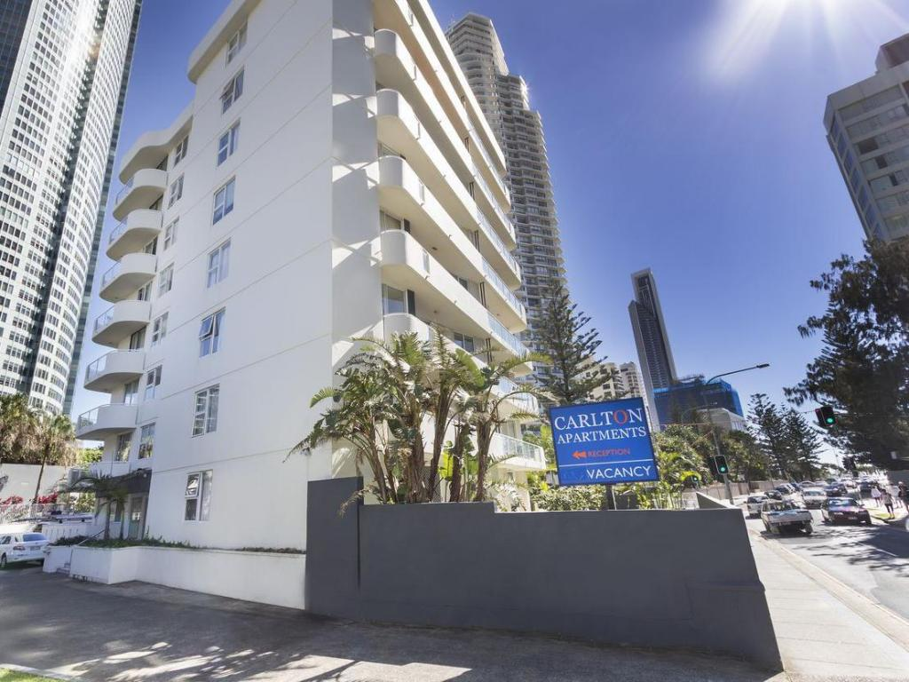Carlton Apartments in Gold Coast - Room Deals, Photos ...