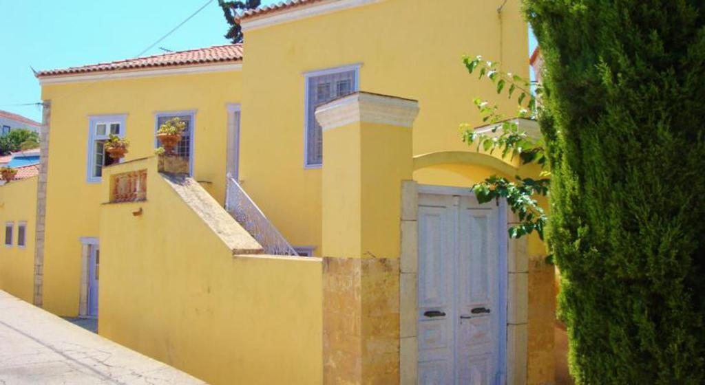 More about Villa Spetses by JJ hospitality