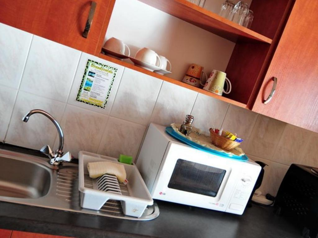 Timbaktu Unit - Kitchen Strandfontein Accommodation