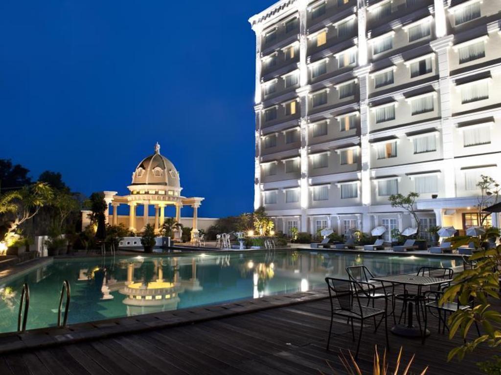 The rich jogja hotel in yogyakarta room deals photos reviews for Jogja plaza hotel swimming pool