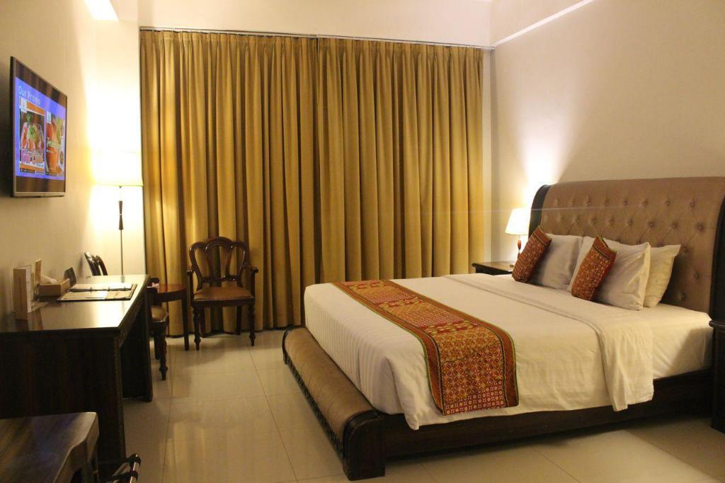 Deluxe Room The Rich Jogja Hotel