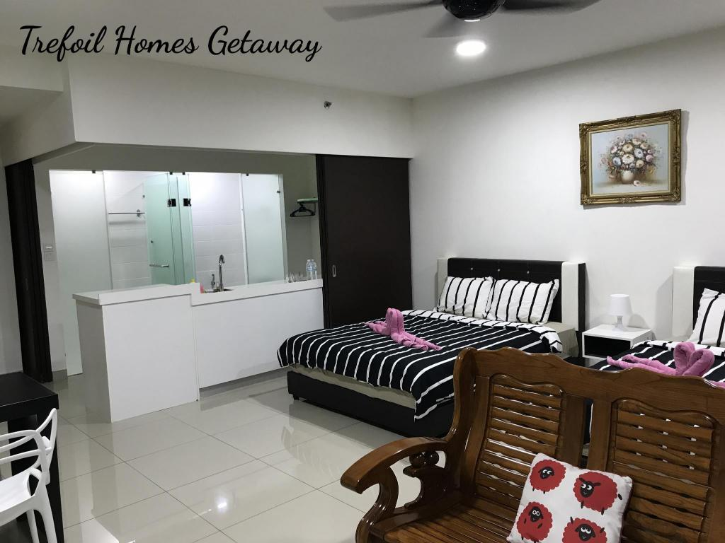 Interior view 4 pax Homes Getaway @ Trefoil Setia Alam F20