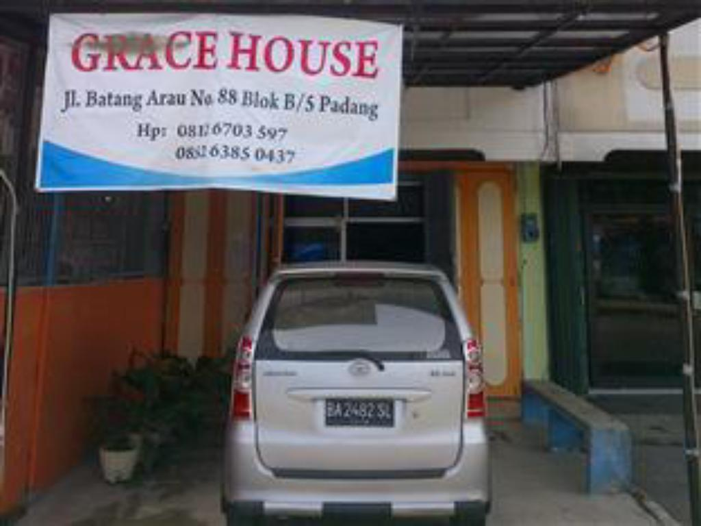 More about Grace hostel padang