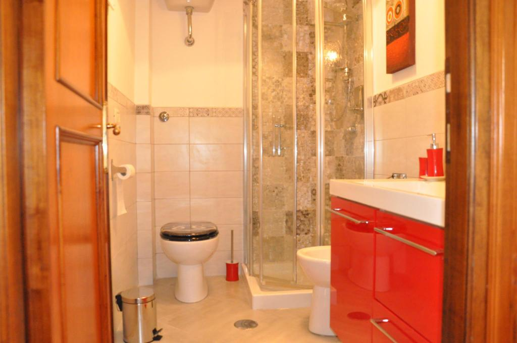 Bathroom Lovely Big  & Comfortable Metro Cornelia apt  Rome