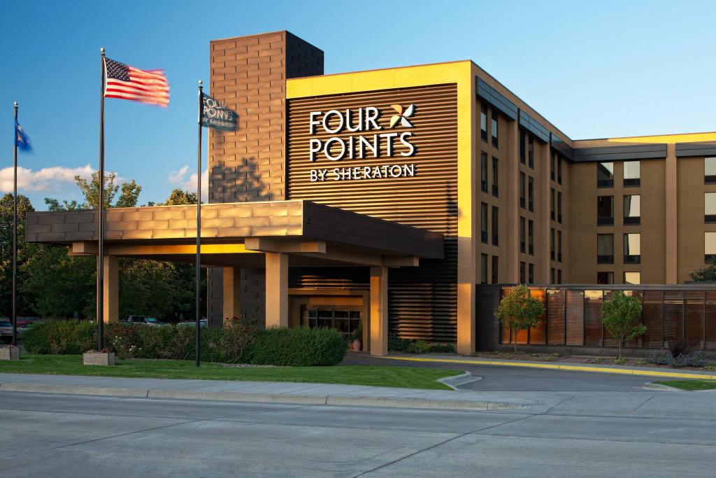 Exterior view Four Points by Sheraton Mall of America Minneapolis Airport