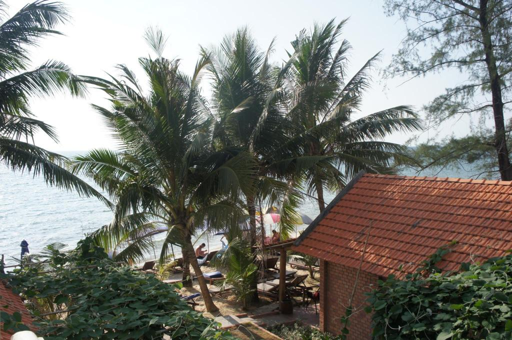 Exterior view Phu Quoc Kim Bungalow On The Beach