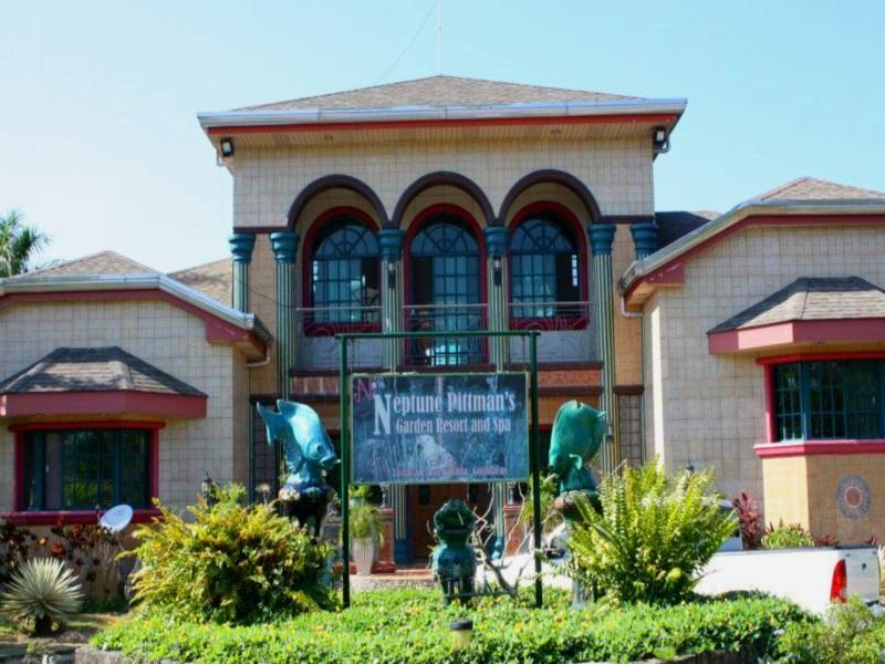 Neptune Pittmanu0027s Garden Resort