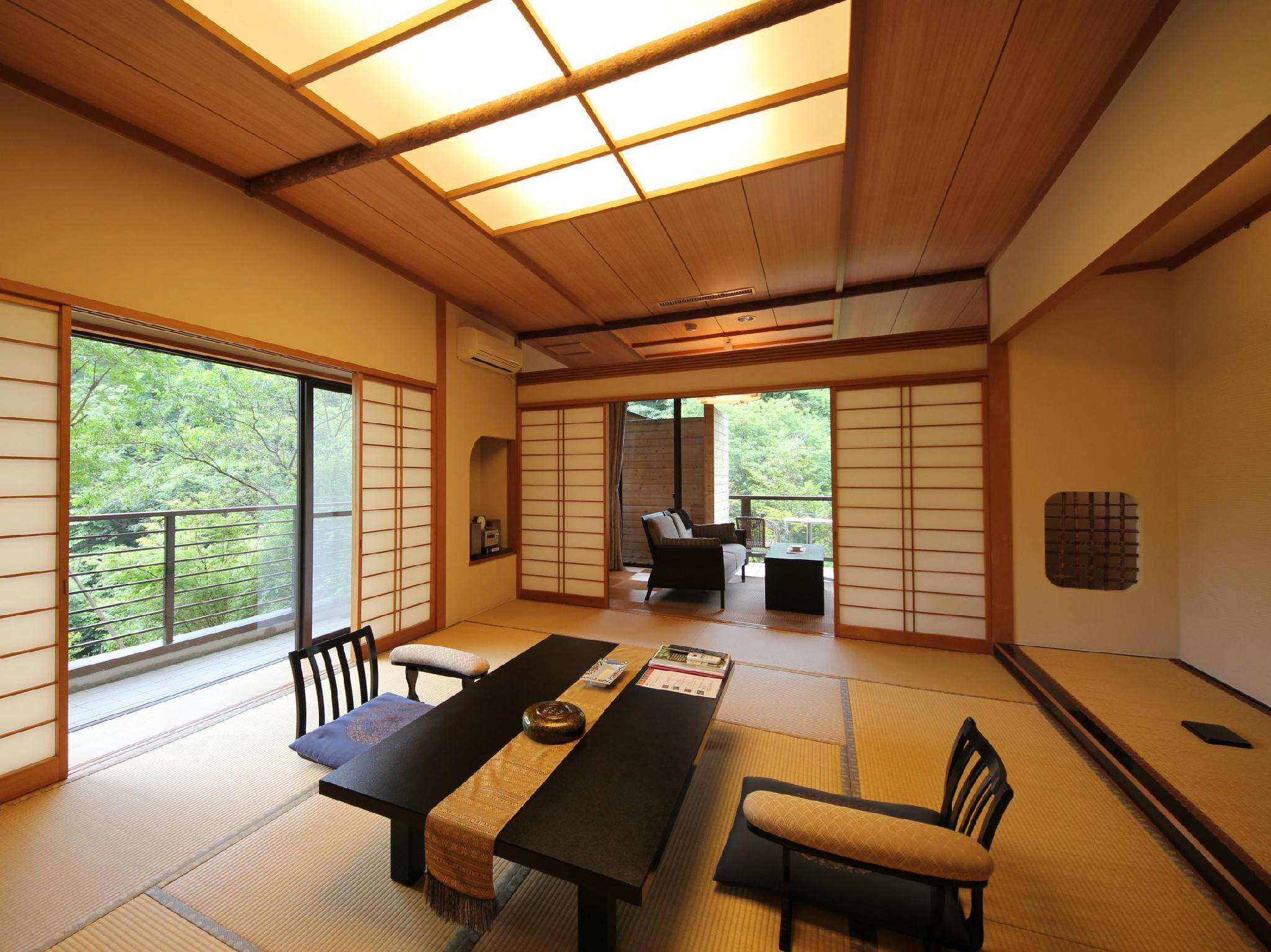 Ginryu Japanese Style Apartment with Open-Air Bath