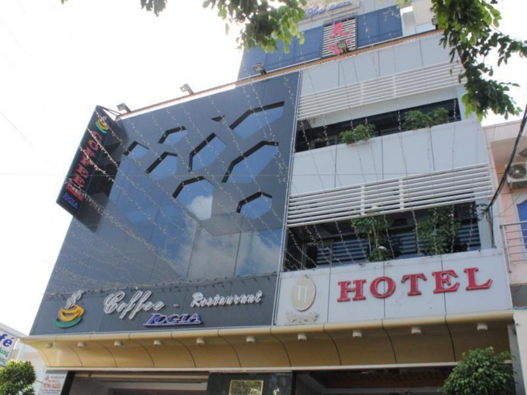 Thien Phu Logia Hotel in Ho Chi Minh City - Room Deals ... on