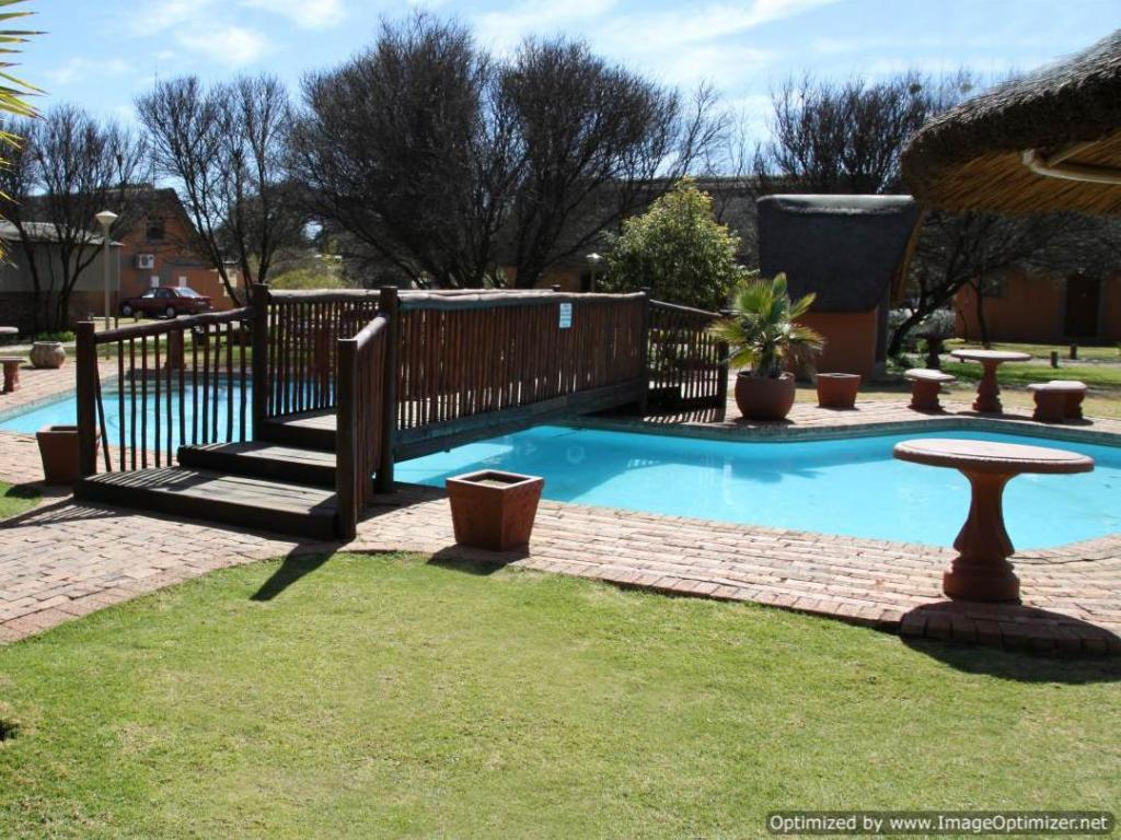 Swimming pool Bains Chalet Park