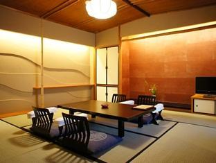 日式客房 A - 有衛浴 (Japanese Style with Bath A)