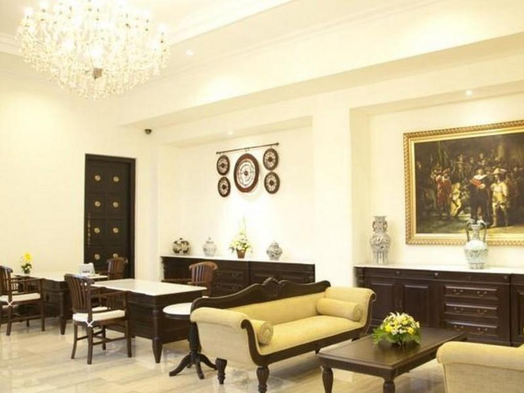 Colonial Hotel Makassar in Indonesia - Room Deals, Photos & Reviews