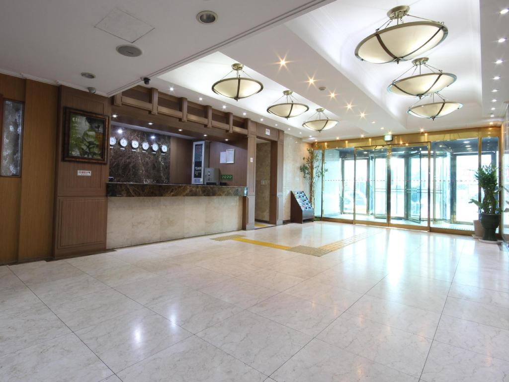 Лоби Incheon Tourist Hotel