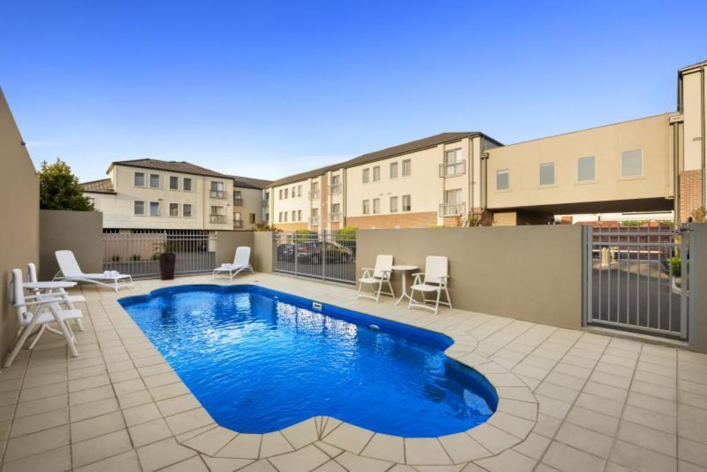 Best price on quest moonee valley hotel in melbourne reviews for Swimming pools melbourne prices