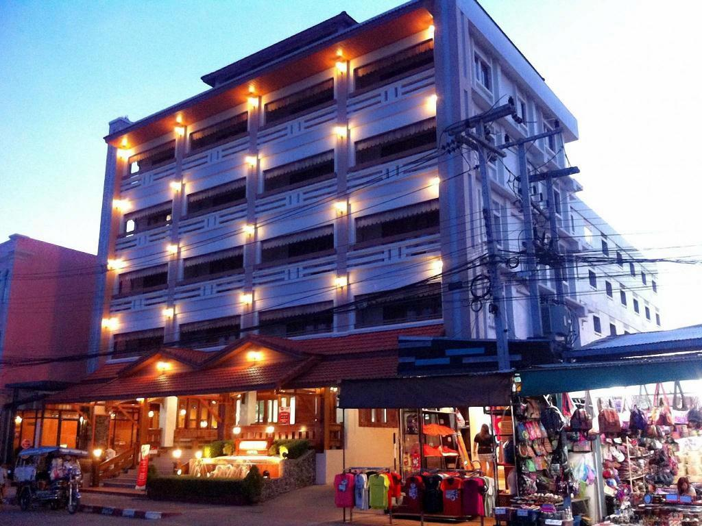 More about Riverfront Hotel Mukdahan
