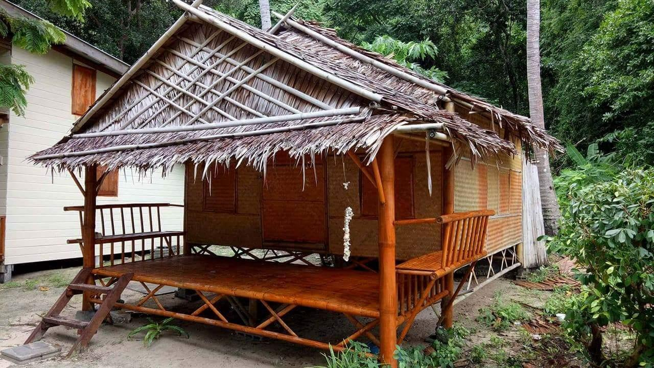 Sea View Bamboo Fan Bungalow