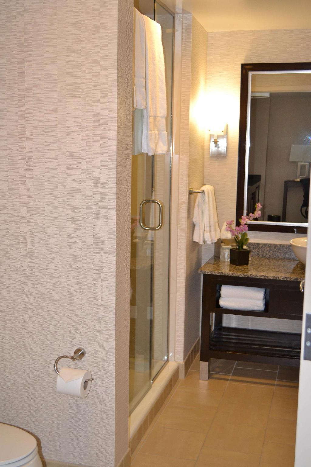 Embassy Suites Palmdale Hotel, Palmdale (CA) - Room Rates, Photos & Reviews