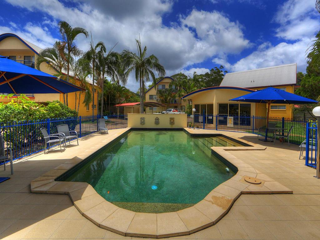Swimming pool Rainbow Getaway Holiday Apartments