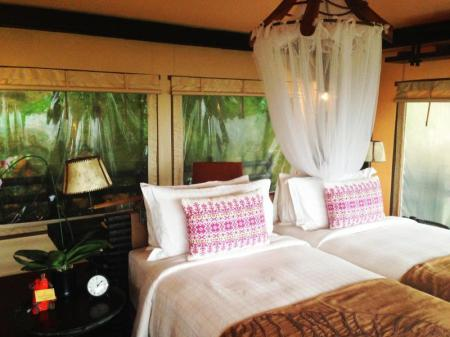 Tent with Two Twin beds Four Seasons Tented Camp Golden Triangle