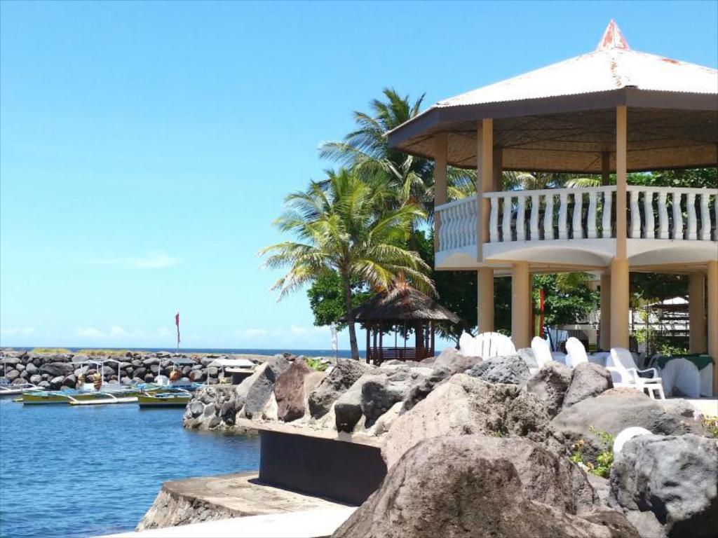 Paras Beach Resort Camiguin Booking