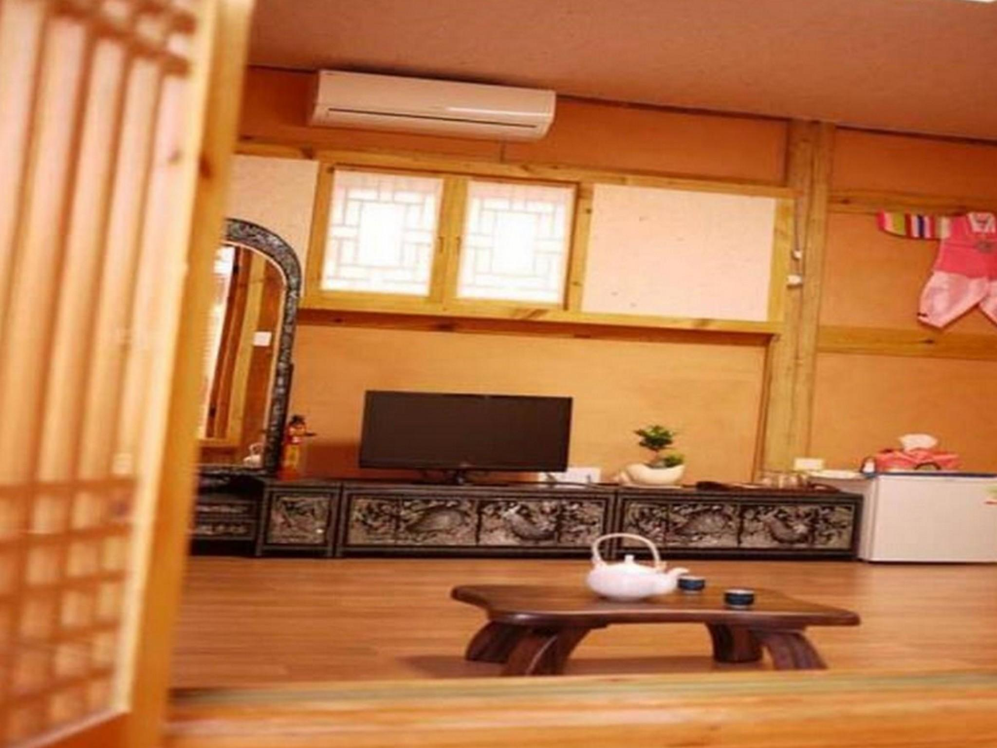 韓式三人房 (Korean Style Triple Room)