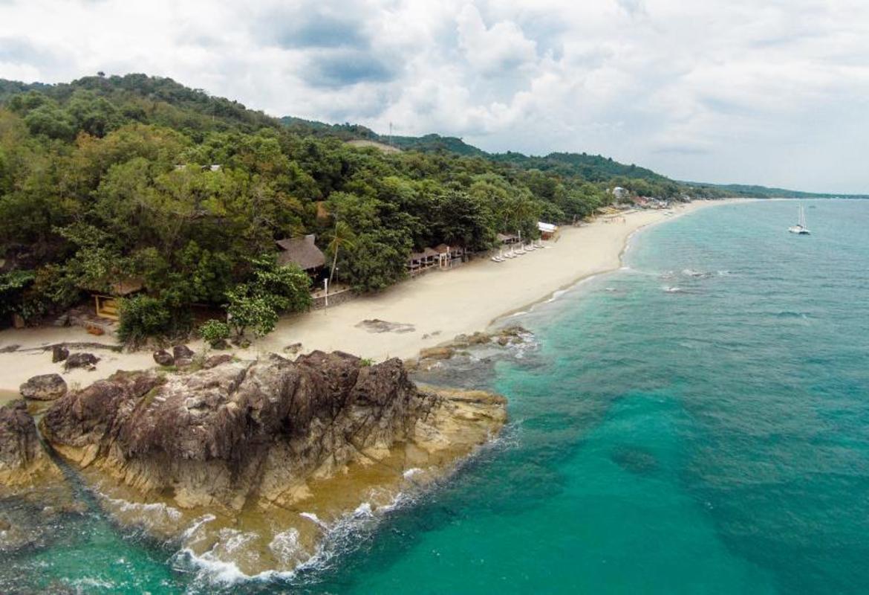 La Luz Beach Resort & Spa in Batangas - Room Deals, Photos