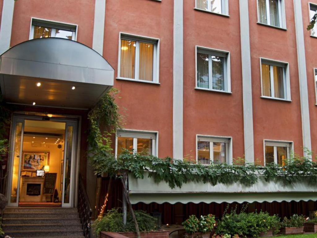 Eco Hotel La Residenza Room Deals Reviews Photos Milan Italy