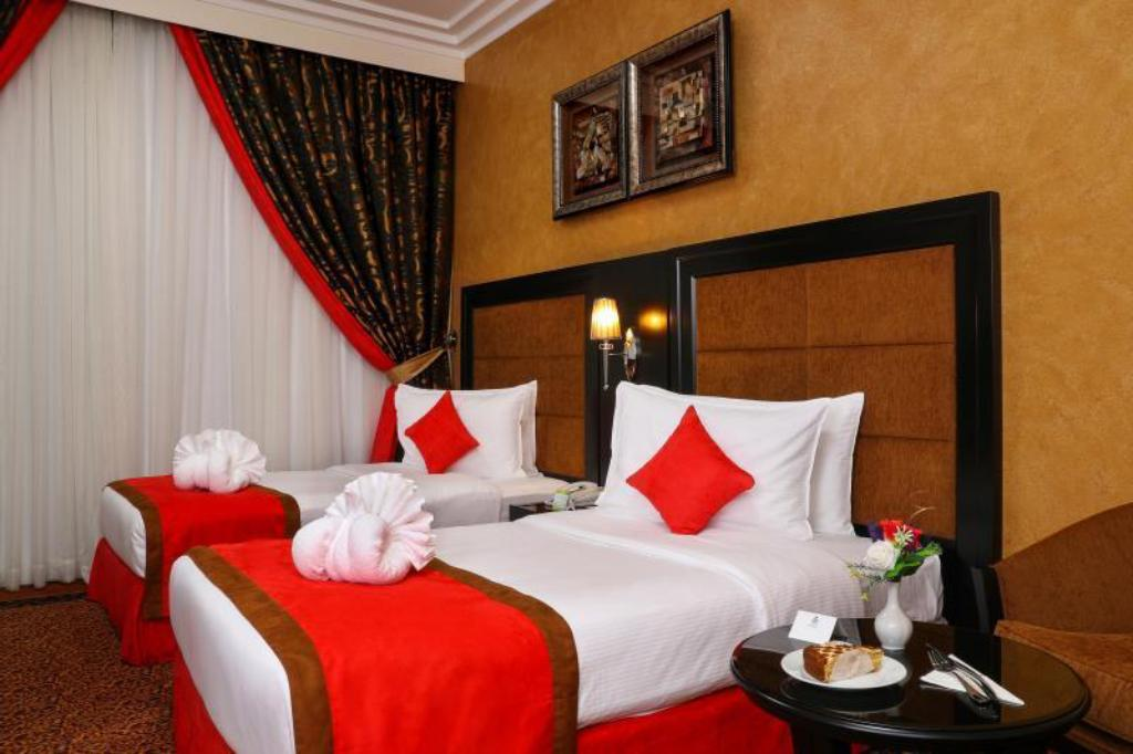 Standard - Cama Royal Grand Suite Hotel