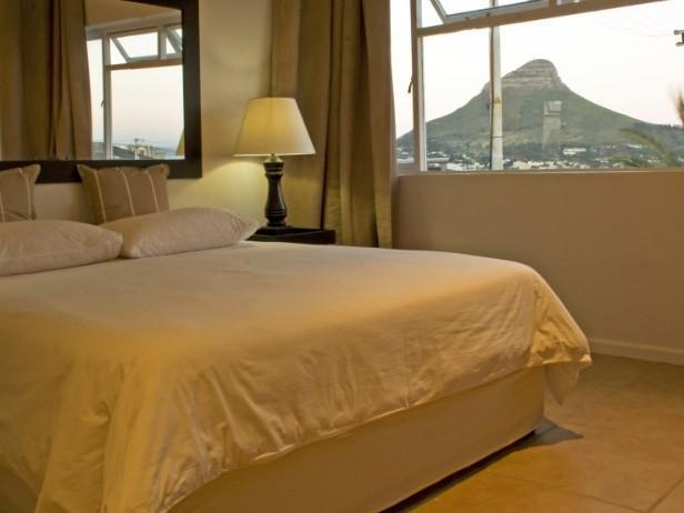 Doppelzimmer En-Suite: Stadtblick Zimmer (Double En-Suite: City View Room)