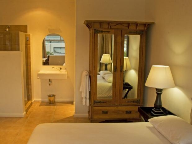 Doppel en-suite: Ausblick-Zimmer (Double en-suite: Sea View Room)