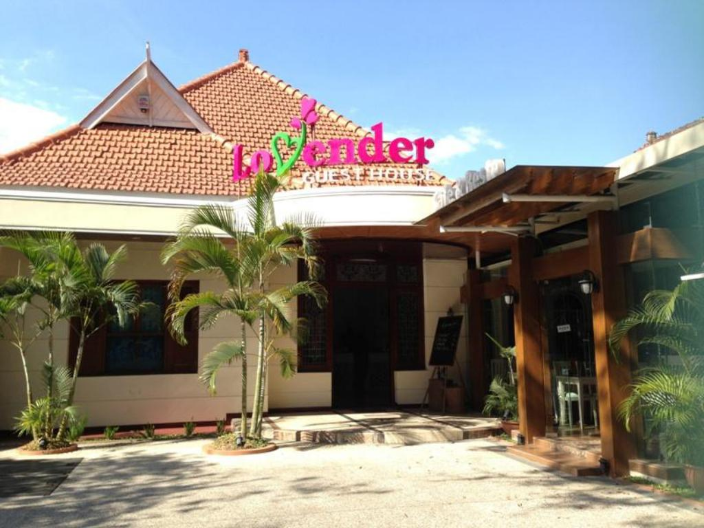 Lovender Guesthouse Malang Booking Deals Photos Reviews