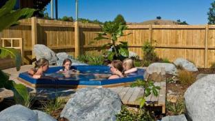Alpine Pacific Holiday Park