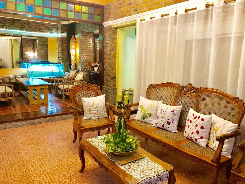 More about Balai Tinay Hotel