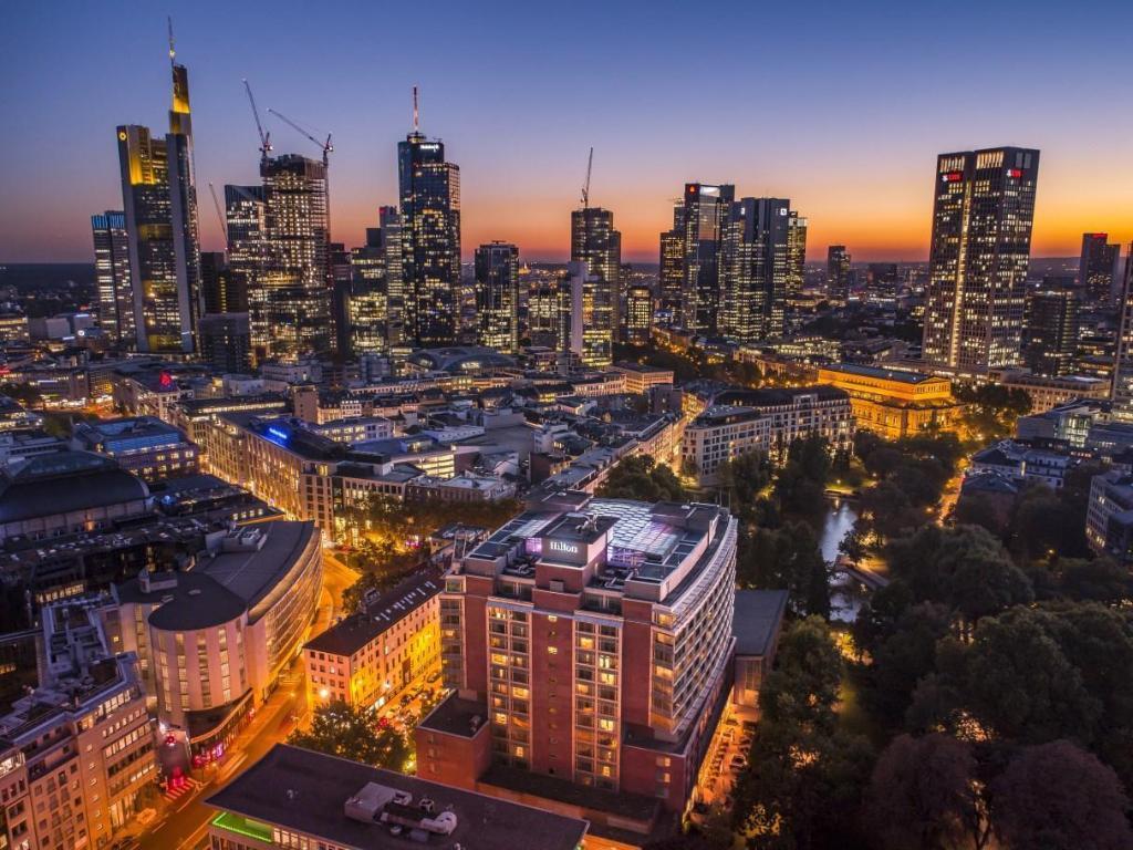 Hilton Frankfurt City Centre (Frankfurt am Main) - Desde R$ 107 - agoda.com