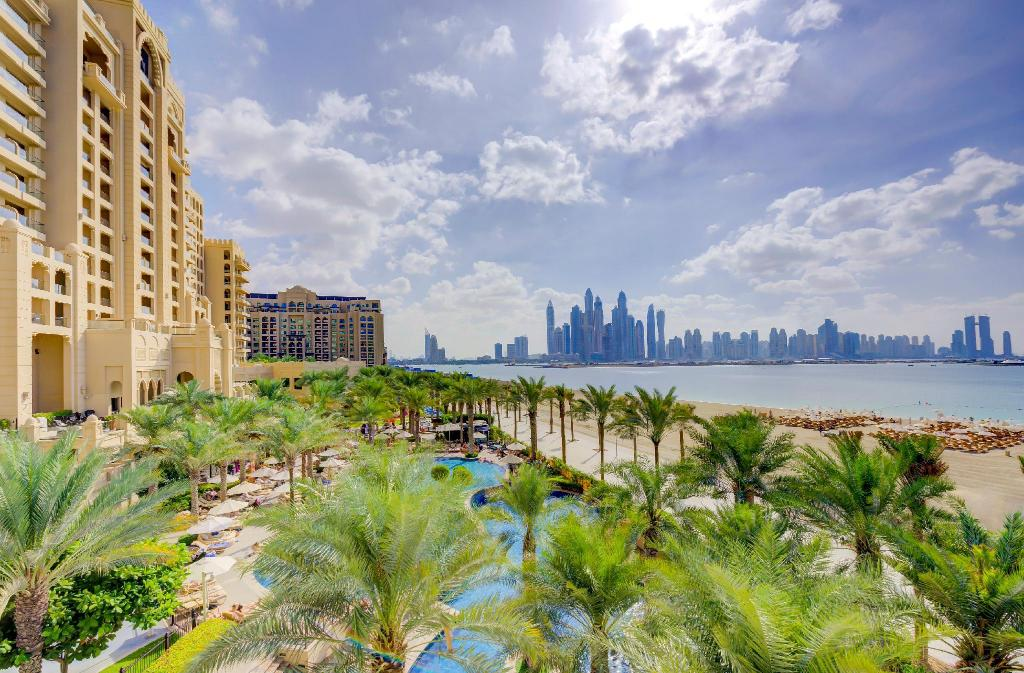 Book Fairmont The Palm Hotel In Dubai