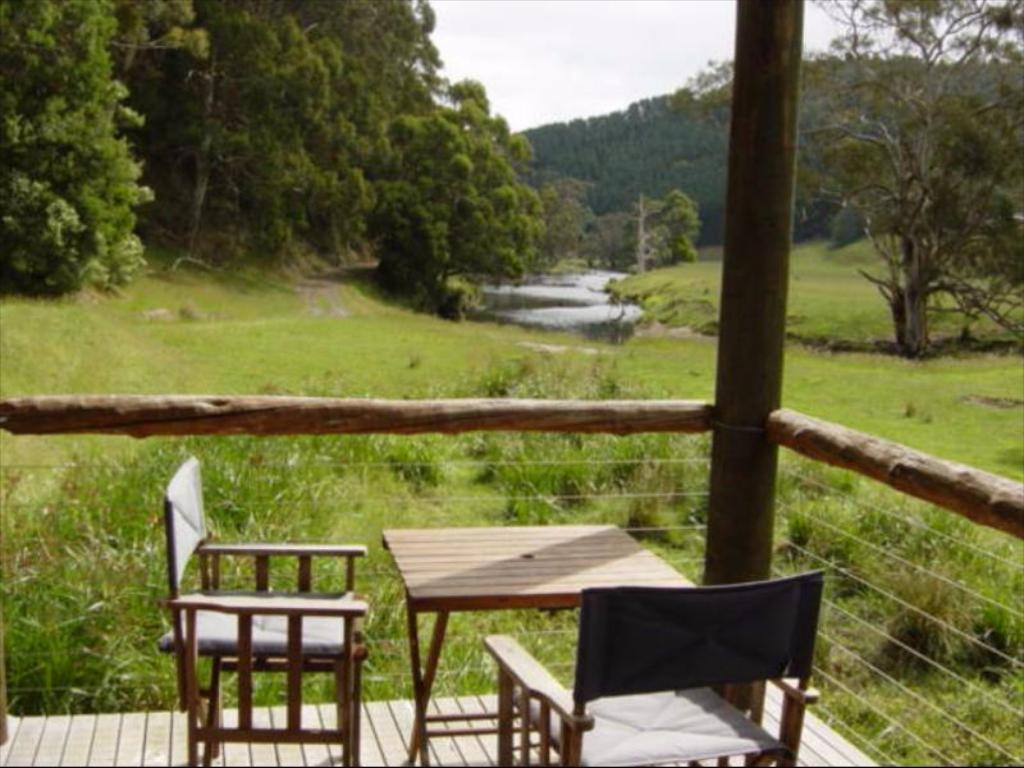 Balcony/terrace Aire River Escape Holiday House