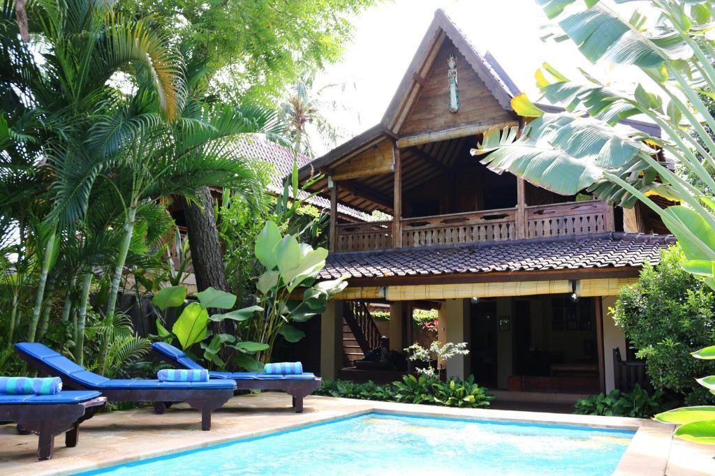 lovina beach houses in bali
