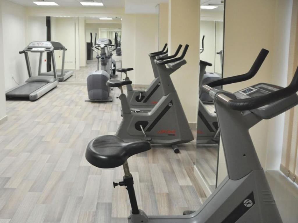 siłownia/sala do fitnessu Center Ville Hotel