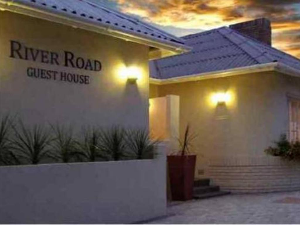 עוד על River Road Guest House