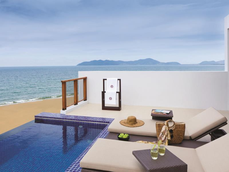 """Loft"" Agasana amb vista sobre el mar i piscina ""Skypool"" – 2 habitacions (Angsana 2-Bedroom Sea View Loft with Skypool)"