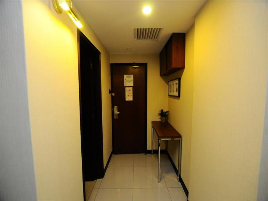 The Katerina Hotel In Batu Pahat Room Deals Photos Reviews