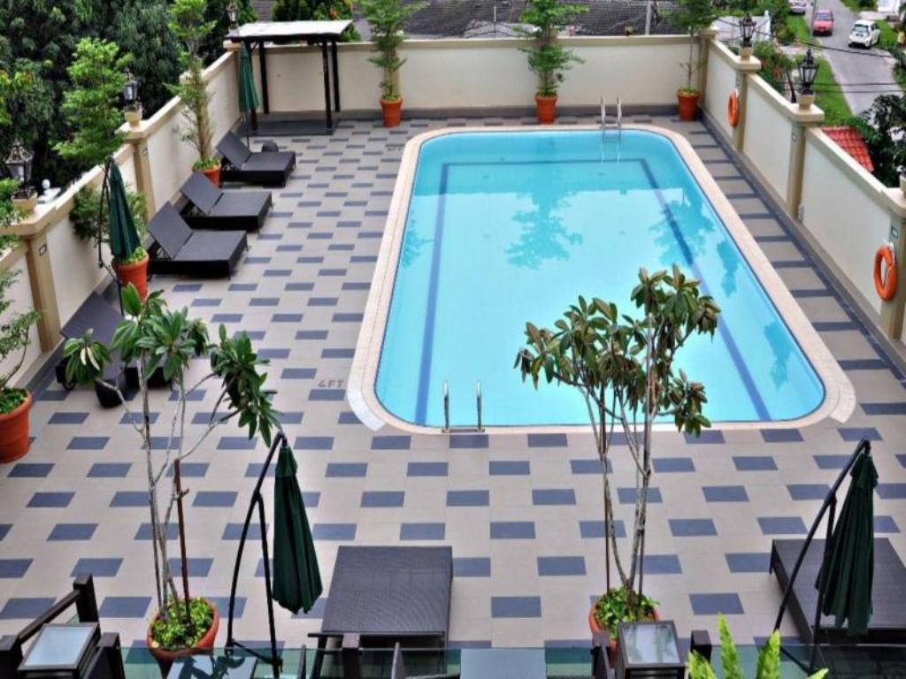Best Price On The Katerina Hotel In Batu Pahat Reviews