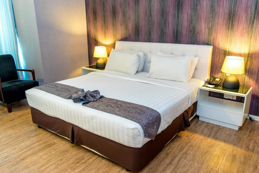 Ladies Double Bed Room MH Hotels Ipoh