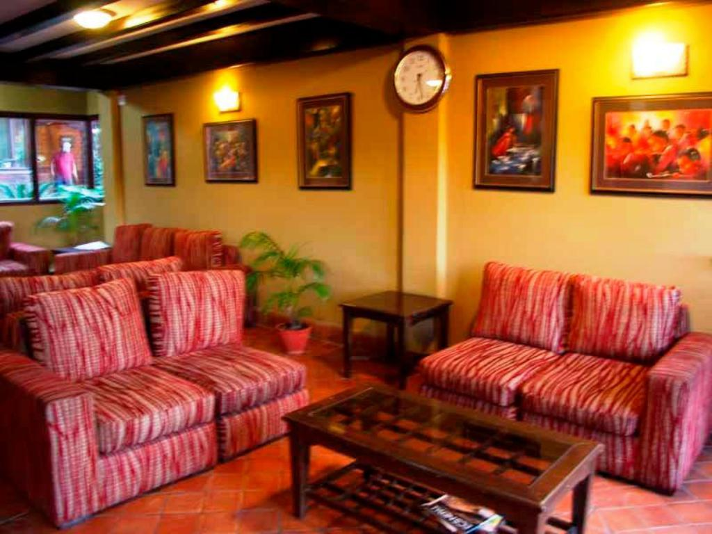 Lobby Vajra Guest House