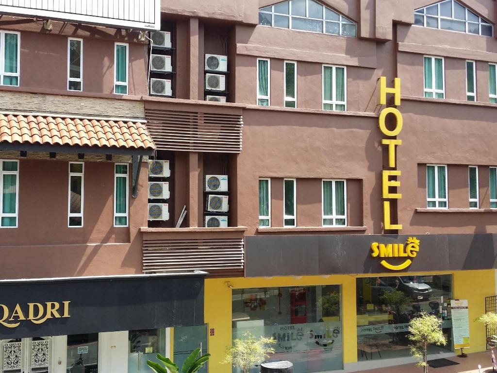 More About Smile Hotel Wangsa Maju
