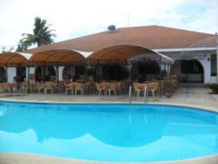 Swimming pool Lago de Oro Hotel