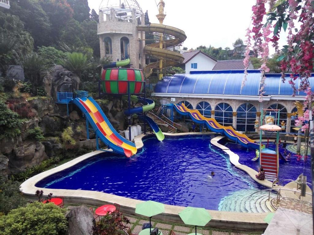 Grand Paradise Hotel Lembang Resort Bandung Deals