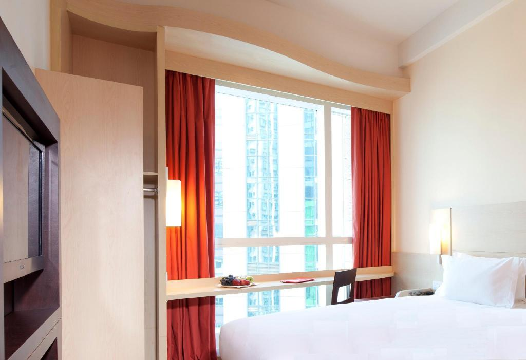 Standard Double - City View - Bed Ibis Hong Kong Central & Sheung Wan Hotel