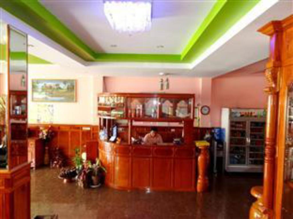 Best Price on Long Thai Ly Guesthouse in Phnom Penh + Reviews!